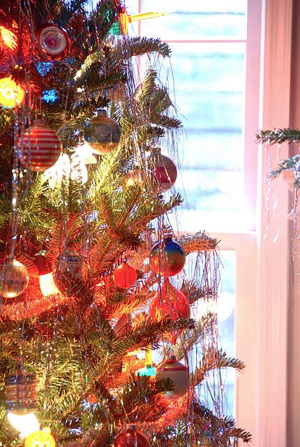 Blue Eyed Yonder Shiny Brite Christmas Vintage Event